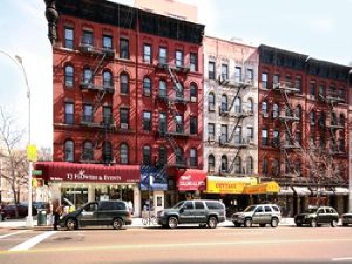1590 York Avenue