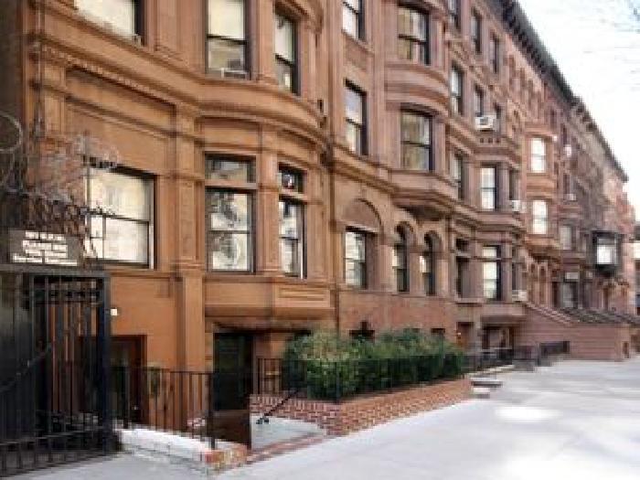 6 West 71st Street